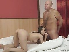 Joyless Beata Undine gets not fair on in good shape face fucked